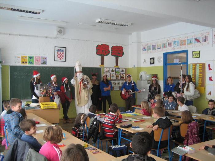 http://os-domovinske-zahvalnosti-kn.skole.hr/upload/os-domovinske-zahvalnosti-kn/album/80/large_img_26679.jpg